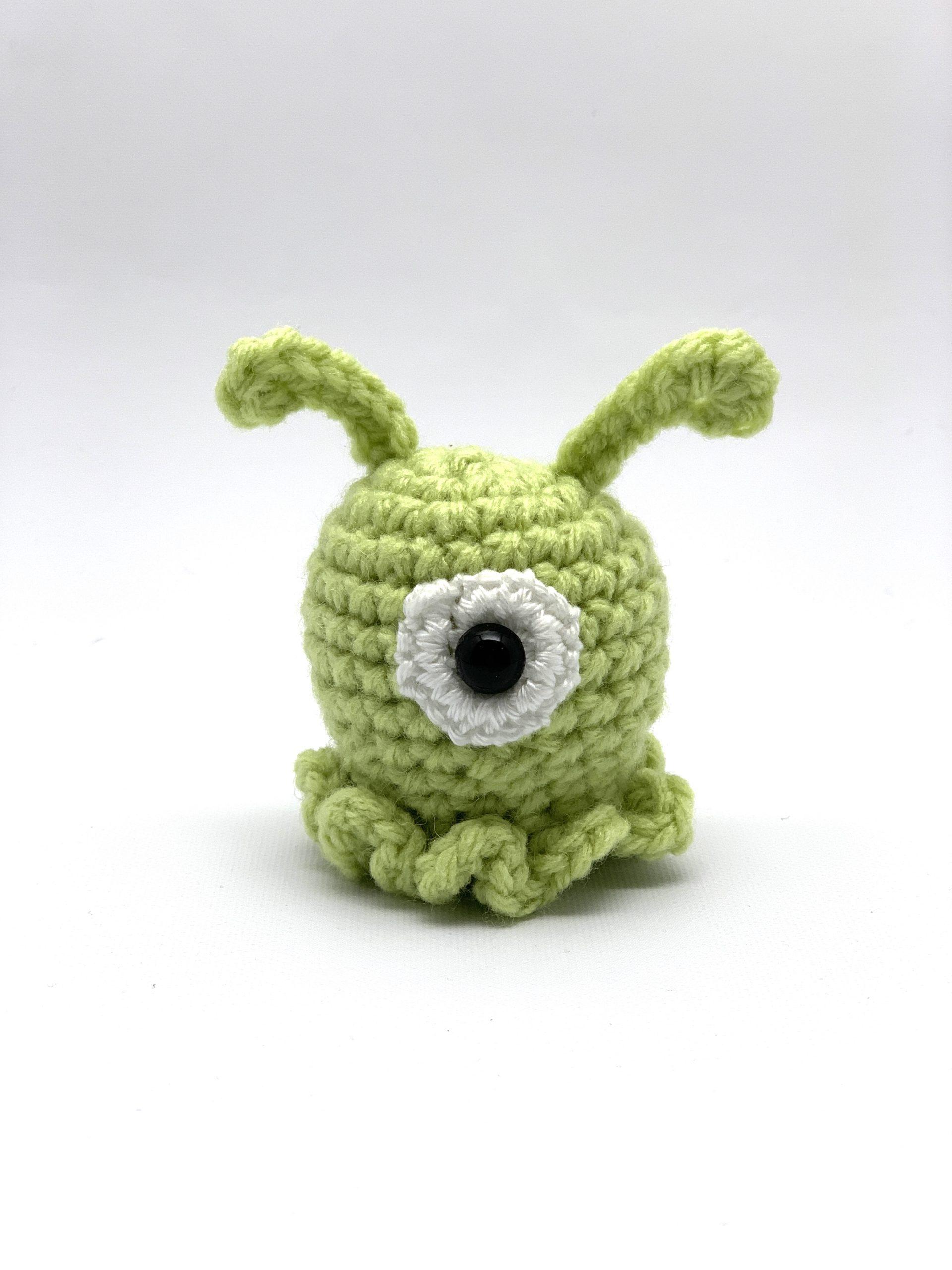 Alien Buddy free crochet pattern